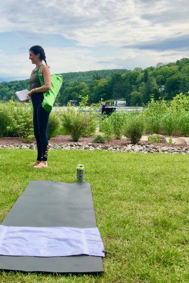 Le namaste: Lakeside yoga with a French-Canadian twist.